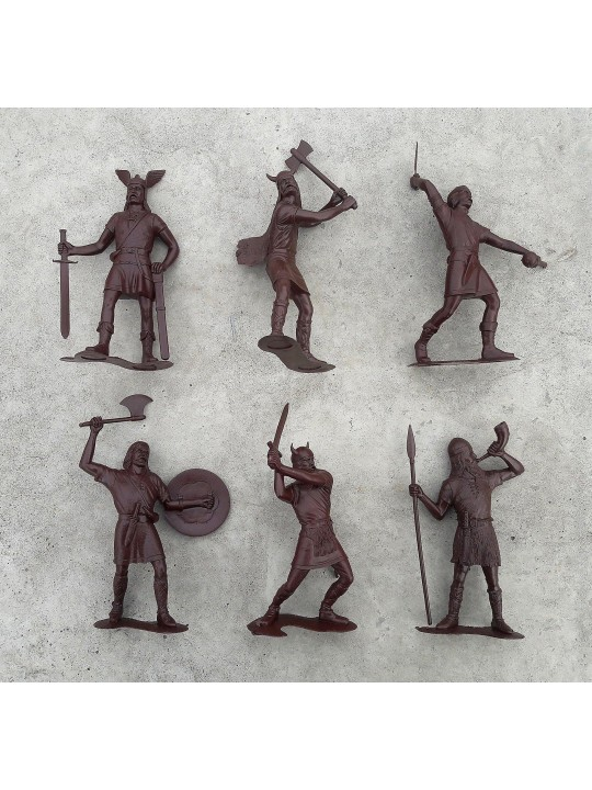Vikings big plastic warriors brown color // Soviet soldiers toys vintage // Boys toys USSR // Old russian medieval Normans new condition